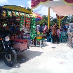 Pedagang Kaki Lima Keluhkan Aturan Jualan Saat Wisuda