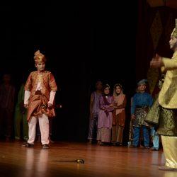 Latah Tuah Suguhkan Anak Mayat di Kenduri Teater Tradisi se-Sumatra