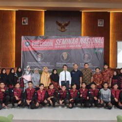 PRECISION 2017 Sebagai Ajang Kreatifitas Mahasiswa Predatech FST UIN Suska Riau, Menumbuh kembangkan Jiwa Enterpreneur dan Mobilisasi Perkembangan Teknologi Data