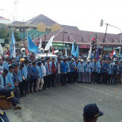 Aliansi Mahasiswa se-Riau Tekan Pertamina Turunkan Harga BBM