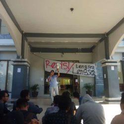 UKT Tak Direvisi, Mahasiswa Gelar Aksi