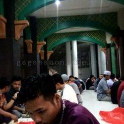 Hari Terakhir Buka Puasa di Masjid Al Jamiah UIN Suska Riau