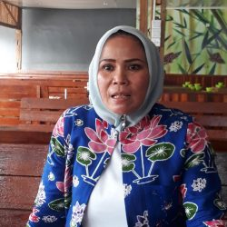 Ade Hartati: Saya Akan Bela Mahasiswa yang Terkena Sanksi