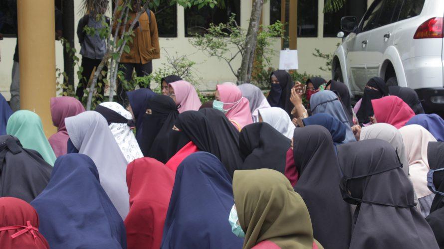 Dilema Mahasiswi Bercadar UIN Suska Riau: Dipaksa Lepas dan Dikaitkan dengan Radikalisme