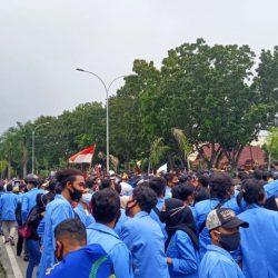 Demonstrasi Masyarakat Riau Tolak UU Cipta Kerja