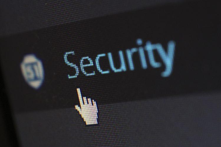 Sikapi Kekerasan Berbasis Gender Online dengan Selektif Bagikan Informasi Pribadi