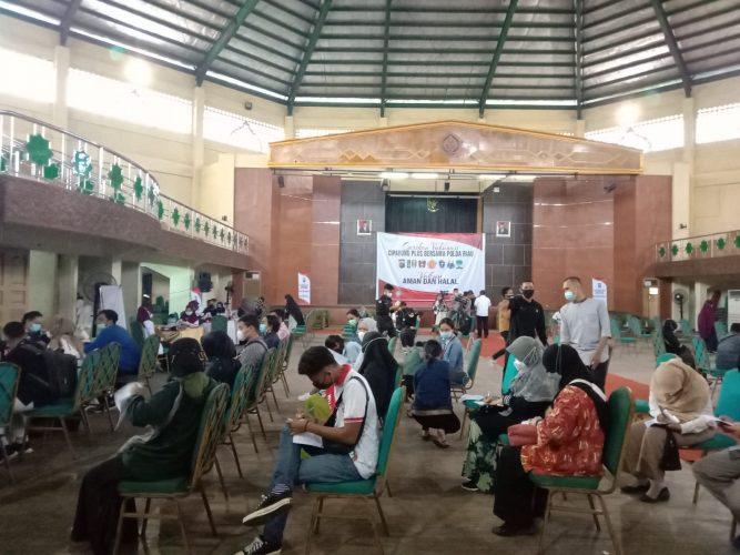 Bersama Polda Riau, Cipayung Plus Gelar  Vaksinasi di UIN Suska Riau